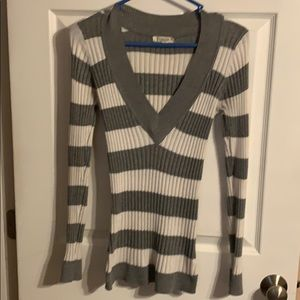 Striped long sleeve v neck sweater